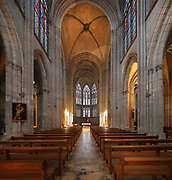 Nave with 3 bays, transept and chevet with 3 polygonal apses, completed in the early 20th century, in the Basilique Saint-Urbain de Troyes, or Basilica of Saint Urban of Troyes, a 13th century Gothic church in Troyes, Aube, France. The basilica was founded in 1262 under Pope Urban IV and consecrated in 1382, although the building was not completed until the 20th century. It is listed as a national monument. Picture by Manuel Cohen