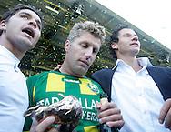 18-05-2008 Voetbal:ADO DEN HAAG:RKC Waalwijk:Waalwijk<br /> ADO Den Haag promoveert naar de eredivisie. Twee oud RKC spelers met dubbele gevoelens. Virgilio Teixeira en Rick Hoogendorp vieren de promotie ten koste van hun oud ploeggenoten<br /> Foto: Geert van Erven