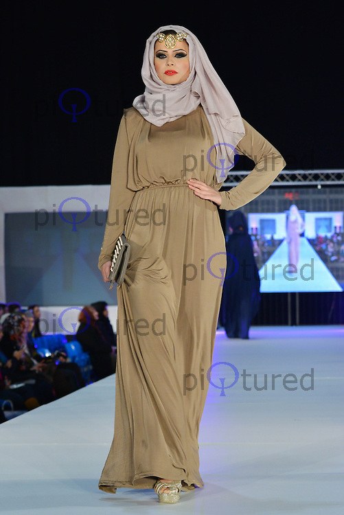 Saverah Islamic Fashion Weekend Celebrity And Red Carpet Pictures