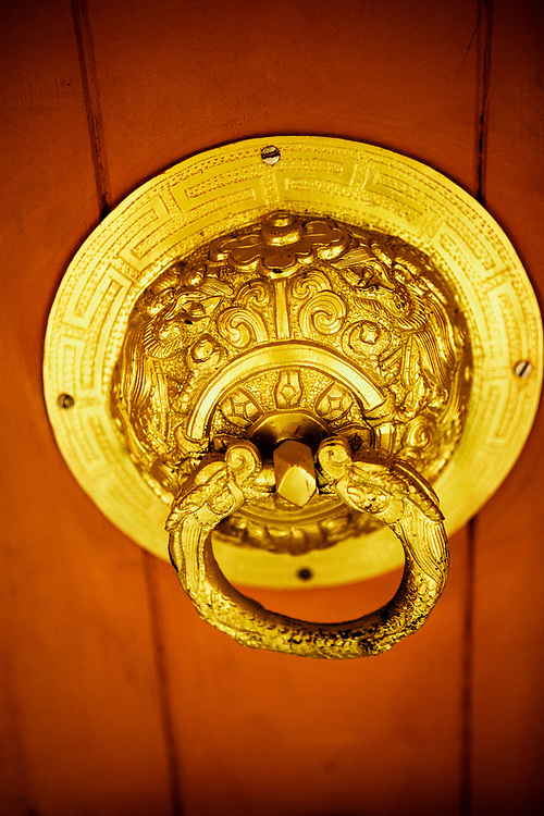 Door detail Bhutan Spirit Sanctuary