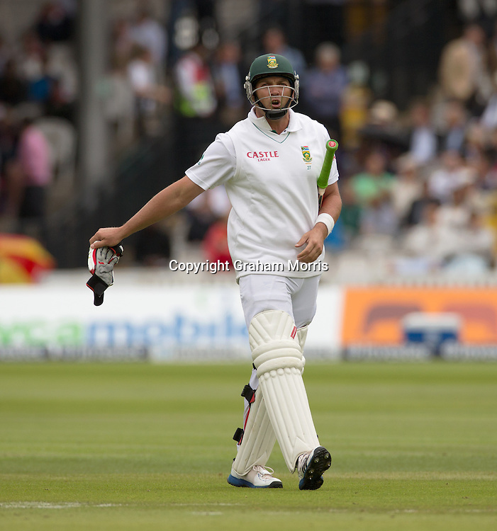 Jacques Kallis is annoyed as he marches off, given out to Steven Finn during the third and final Investec Test Match between England and South Africa at Lord's Cricket Ground, London. Photo: Graham Morris (Tel: +44(0)20 8969 4192 Email: sales@cricketpix.com) 16/08/12