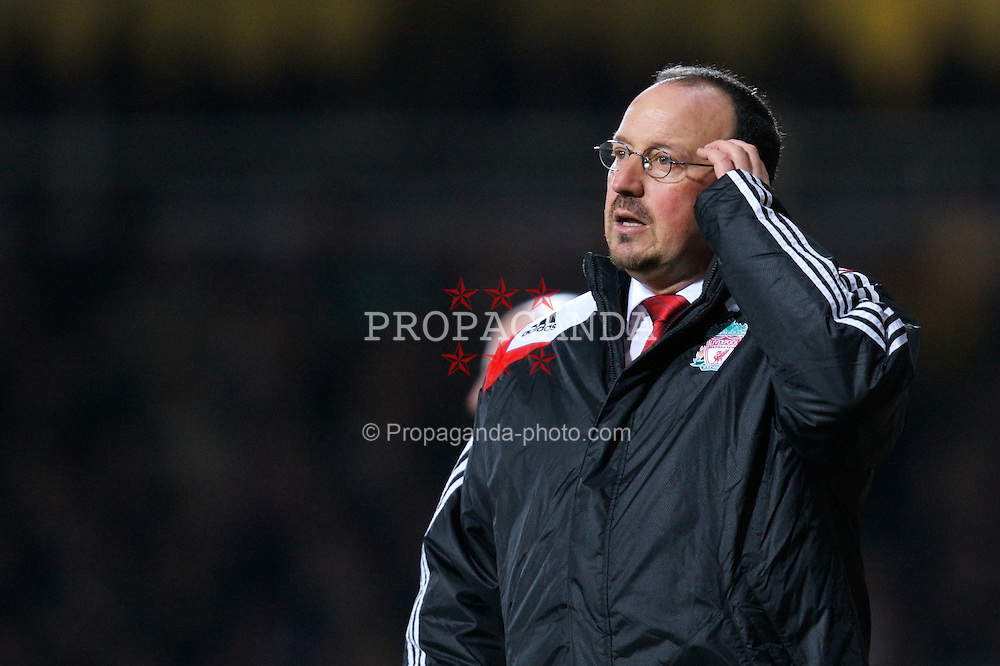 LONDON, ENGLAND - Wednesday, January 30, 2008: Liverpool's manager Rafael Benitez looks dejected as his side are robbed by the referee Alan Wiley who handed West Ham United an injury time penalty during the Premiership match at Upton Park. (Photo by David Rawcliffe/Propaganda)