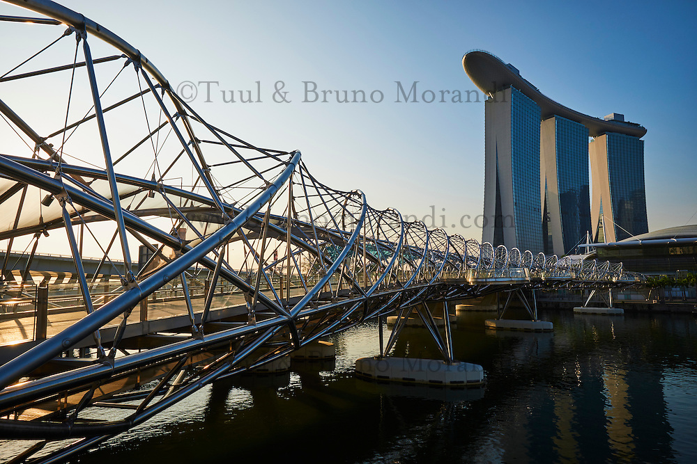 Lunch Dining at Marina Bay Sands - Singapore Restaurants