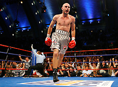 September 29, 2007: Kelly Pavlik vs Jermain Taylor I