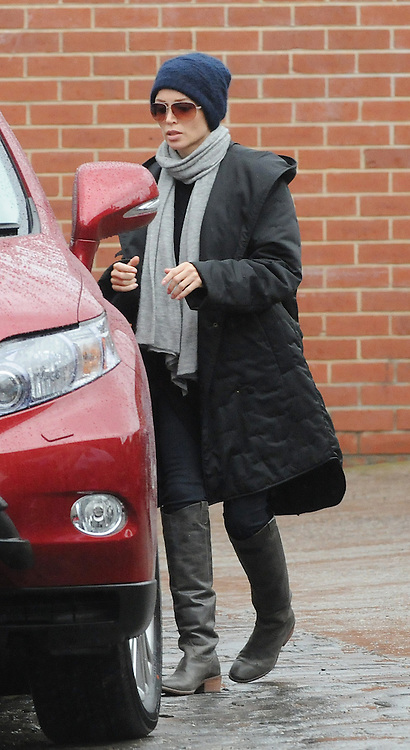 Exclusive<br /> 6-6-2011<br /> Danni Minogue Picking up her son today from swimming <br /> looking strained from her recent marriage problems.<br /> &copy;Joe Sabljak/Exclusivepix