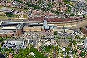 Nederland, Utrecht, Amersfoort, 29-05-2019; overzicht van NS station Amersfoort, met stationsbuurt en kantoren.<br /> Overview railway station Amersfoort.<br /> luchtfoto (toeslag op standard tarieven);<br /> aerial photo (additional fee required);<br /> copyright foto/photo Siebe Swart