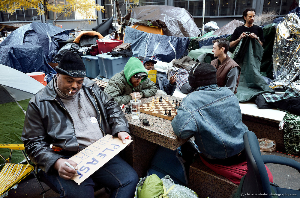 Before the police raid: Occupy Wall Street at New York´s Zuccotti Park  November 14 2011
