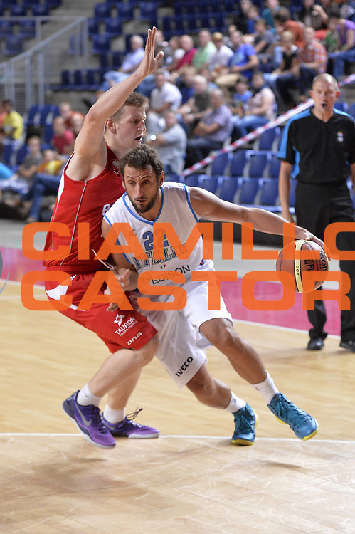 DESCRIZIONE : Anversa European Basketball Tour Antwerp 2013 Italia Polonia Italy Poland<br /> GIOCATORE : Marco Belinelli<br /> CATEGORIA : penetrazione<br /> SQUADRA : Nazionale Italia Maschile Uomini<br /> EVENTO : European Basketball Tour Antwerp 2013 <br /> GARA : Italia Polonia Italy Poland<br /> DATA : 19/08/2013<br /> SPORT : Pallacanestro<br /> AUTORE : Agenzia Ciamillo-Castoria/GiulioCiamillo<br /> Galleria : FIP Nazionali 2013<br /> Fotonotizia : Anversa European Basketball Tour Antwerp 2013 Italia Polonia Italy Poland<br /> Predefinita :