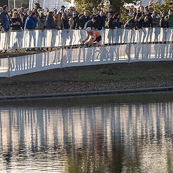 04-11-2018: Wielrennen: EK veldrijden: Rosmalen<br />Langs het water