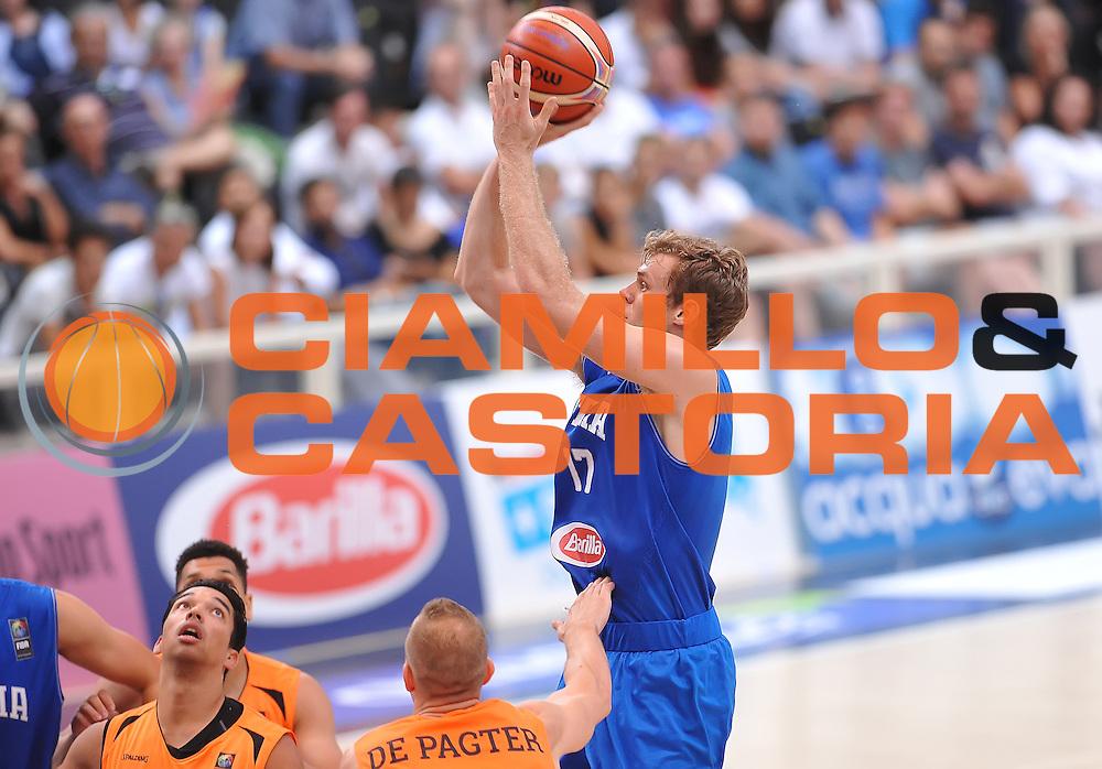 DESCRIZIONE : Trento Nazionale Italia Uomini Trentino Basket Cup Italia Paesi Bassi Italy Netherlands <br /> GIOCATORE : Nicol&ograve; Melli<br /> CATEGORIA : tiro three points<br /> SQUADRA : Italia Italy<br /> EVENTO : Trentino Basket Cup<br /> GARA : Italia Paesi Bassi Italy Netherlands<br /> DATA : 30/07/2015<br /> SPORT : Pallacanestro<br /> AUTORE : Agenzia Ciamillo-Castoria/A.Scaroni<br /> Galleria : FIP Nazionali 2015<br /> Fotonotizia : Trento Nazionale Italia Uomini Trentino Basket Cup Italia Paesi Bassi Italy Netherlands
