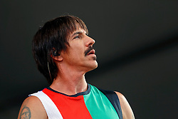 24 April 2016. New Orleans, Louisiana.<br /> The New Orleans Jazz and Heritage Festival. <br /> Anthony Kiedis, lead singer of the Red Hot Chill Peppers headlines the Acura Stage.<br /> Photo; Charlie Varley/varleypix.com