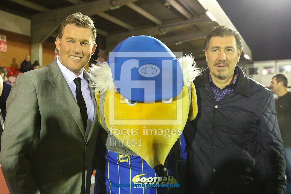 Dave Beasant (left) Lawrie Sanchez, (right) and the AFC Womble mascot (centre) ahead of the FA Cup match at the Cherry Red Records Stadium, Kingston<br /> Picture by David Horn/Focus Images Ltd +44 7545 970036<br /> 05/01/2015