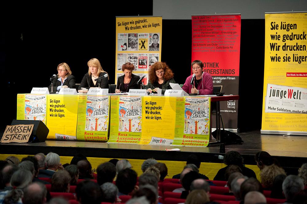 08 JAN 2011, BERLIN/GERMANY:<br /> Katrin Dornheim, Betriebsratsvorsitzende DB Station & Service AG, Claudia Spatz, Antifa Berlin, Ulla Jelpke, MdB, Die Linke, Bettina Juergensen, Vorsitzende DKP, Inge Viett, Radikale Linke, Autorin und ehemaliges Mitglied der RAF, (v.L.n.R.), Podiumsdiskussion, 16. Internationale Rosa-Luxenburg-Konferenz, Urania Haus<br /> IMAGE: 20110108-01-046<br /> KEYWORDS: Bettina Jürgensen