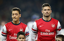 26.11.2013, The Emirates Stadium, London, ENG, UEFA CL, FC Arsenal vs Olympique Marseille, Gruppe F, im Bild Mesut Ozil(L) and Olivier Giroud of Arsenal look on ahead // Mesut Ozil(L) and Olivier Giroud of Arsenal look on ahead during UEFA Champions League group F match between FC Arsenal and Olympique Marseille at the The Emirates Stadium in London, Great Britain on 2013/11/26. EXPA Pictures © 2013, PhotoCredit: EXPA/ Photoshot/ Wang Lili<br /> <br /> *****ATTENTION - for AUT, SLO, CRO, SRB, BIH, MAZ only*****
