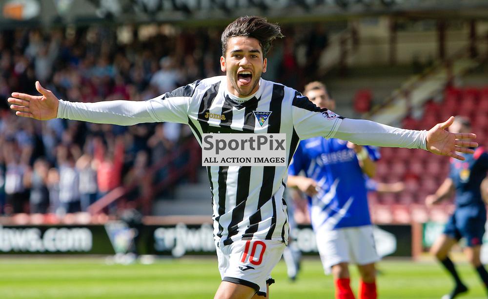 Dunfermline Athletic v Cowdenbeath SPFL League One Season 2015/16 East End Park 15 August 2015<br /> Faissal El Bakhtaoui celebrates making it 2-0<br /> CRAIG BROWN | sportPix.org.uk