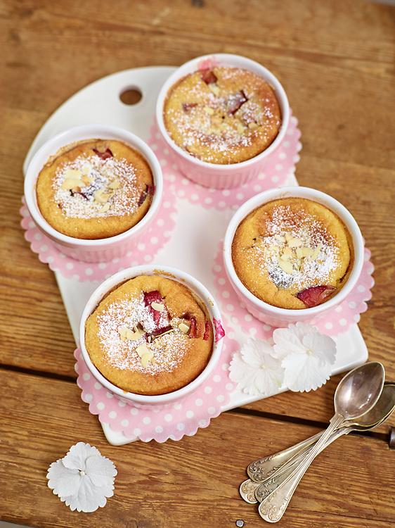 Motiv: Dessert Plommon<br /> Recept: Katarina Carlgren<br /> Fotograf: Thomas Carlgren<br /> Anv&auml;ndningsr&auml;tt: Publ en g&aring;ng<br /> Annan publicering kontakta fotografen