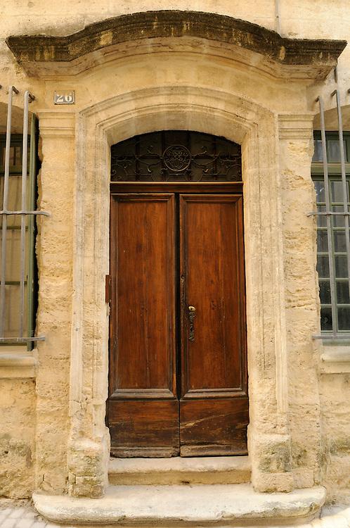 France, Languedoc Roussillon, Gard (30), Uzès, porte 26 rue du Docteur Blanchard, inscrit à l'inventaire des monuments historiques