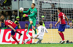 28-05-2016 ITA, UEFA CL Final, Atletico Madrid - Real Madrid, Milaan<br /> Jan Oblak of Atlético vs Gareth Bale of Real Madrid<br /> <br /> ***NETHERLANDS ONLY***