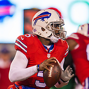 Nov 12, 2015; East Rutherford, NJ, USA;  Buffalo Bills quarterback Tyrod Taylor (5) looking down field in the first half at MetLife Stadium. The Bills defeated the Jets 22-17 Mandatory Credit: William Hauser-USA TODAY Sports