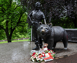 Memorial to Polish war veterans of WWII with  statue of Wojtek the soldier bear in Princes Street Gardens, Edinburgh, Scotland, UK