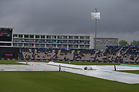 Cricket - 2019 ICC Cricket World Cup - Group Stage: South Africa vs. West Indies<br /> <br /> The covers are on as rain halts play at the Hampshire Bowl Southampton England<br /> <br /> COLORSPORT/SHAUN BOGGUST