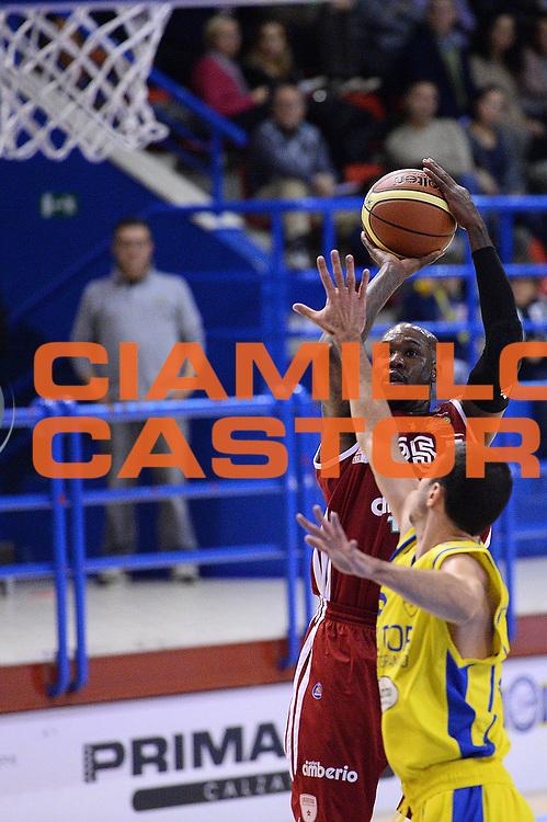 DESCRIZIONE : Porto San Giorgio Lega serie A 2013/14  Sutor Montegranaro Varese<br /> GIOCATORE : Ebi Ere<br /> CATEGORIA : tiro tre punti<br /> SQUADRA : Pallacanestro Varese<br /> EVENTO : Campionato Lega Serie A 2013-2014<br /> GARA : Sutor Montegranaro Pallacanestro Varese<br /> DATA : 23/11/2013<br /> SPORT : Pallacanestro<br /> AUTORE : Agenzia Ciamillo-Castoria/M.Greco<br /> Galleria : Lega Seria A 2013-2014<br /> Fotonotizia : Porto San Giorgio  Lega serie A 2013/14 Sutor Montegranaro Varese<br /> Predefinita :