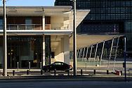 France, Languedoc Roussillon, Hérault Montpellier, mairie, hôtel de ville, architectes: Jean Nouvel et Franois Fonts, Hôtel Courtyard Marriott