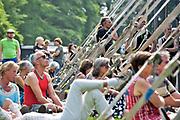 Nederland, Nijmegen, 21-5-2018 MusicMeeting .Festivalterrein in park Brakkenstein. Traditioneel met pinksteren. Optredens van acts, bands, artiesten uit de wereld muziek, worldmusic . Publiek .Foto: Flip Franssen