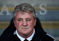 Hull manager Steve Bruce- Photo mandatory by-line: Matt Bunn/JMP  - Tel: Mobile:07966 386802 19/04/2013 - Hull City v Bristol City - SPORT - FOOTBALL - Championship -  Hull- KC Stadium