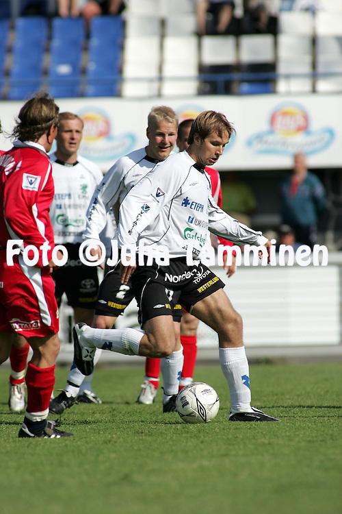 18.06.2005, Tehtaankentt?, Valkeakoski, Finland..Veikkausliiga 2005 / Finnish League 2005.FC Haka v Tornion Pallo-47.Toni Lehtinen - Haka.©Juha Tamminen.....ARK:k