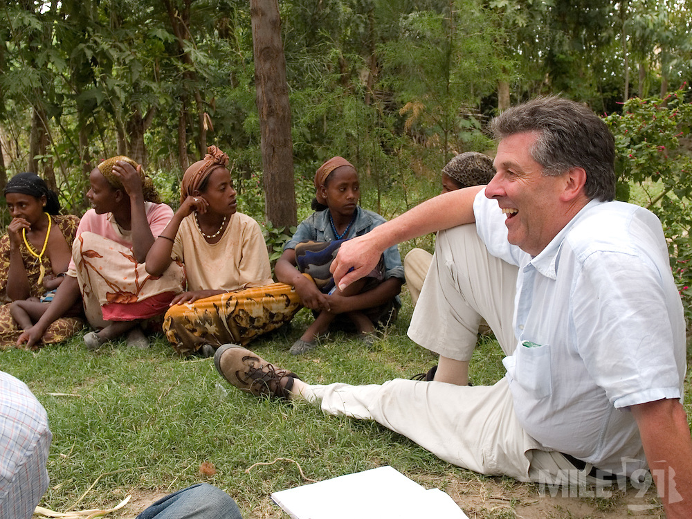 David Bragg, founding member and programme coordinator Send a Cow, Ethiopia, with a womens group in Zwei, Ethiopia.