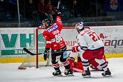 01.02.2019, Ice Rink, Znojmo, CZE, EBEL, HC Orli Znojmo vs EC Red Bull Salzburg, 43. Runde, im Bild v.l. Anthony Luciani (HC Orli Znojmo) William Oneill (EC Red Bull Salzburg) Lukas Herzog (EC Red Bull Salzburg) // during the Erste Bank Eishockey League 43th round match between HC Orli Znojmo and EC Red Bull Salzburg at the Ice Rink in Znojmo, Czechia on 2019/02/01. EXPA Pictures © 2019, PhotoCredit: EXPA/ Rostislav Pfeffer