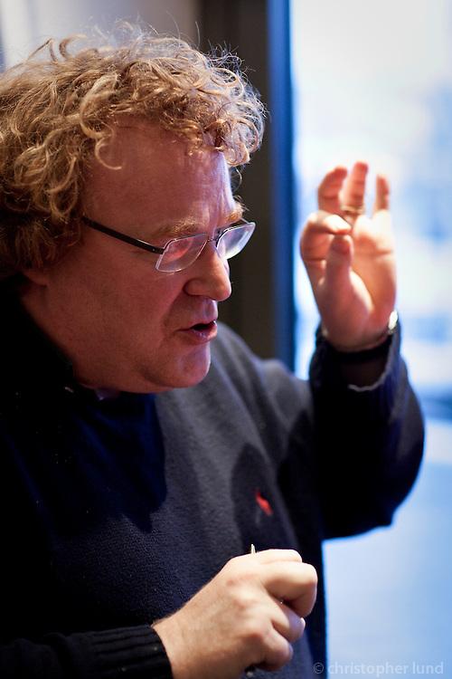 Egill Helgason being interviewed by Ralf Hoppe of Der Spiegel. At a small coffee house in Reykjavík Centrum.