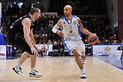 DESCRIZIONE : Eurolega Euroleague 2014/15 Gir.A Dinamo Banco di Sardegna Sassari - Nizhny Novgorod<br /> GIOCATORE : David Logan<br /> CATEGORIA : Palleggio<br /> SQUADRA : Dinamo Banco di Sardegna Sassari<br /> EVENTO : Eurolega Euroleague 2014/2015<br /> GARA : Dinamo Banco di Sardegna Sassari - Nizhny Novgorod<br /> DATA : 21/11/2014<br /> SPORT : Pallacanestro <br /> AUTORE : Agenzia Ciamillo-Castoria / Luigi Canu<br /> Galleria : Eurolega Euroleague 2014/2015<br /> Fotonotizia : Eurolega Euroleague 2014/15 Gir.A Dinamo Banco di Sardegna Sassari - Nizhny Novgorod<br /> Predefinita :