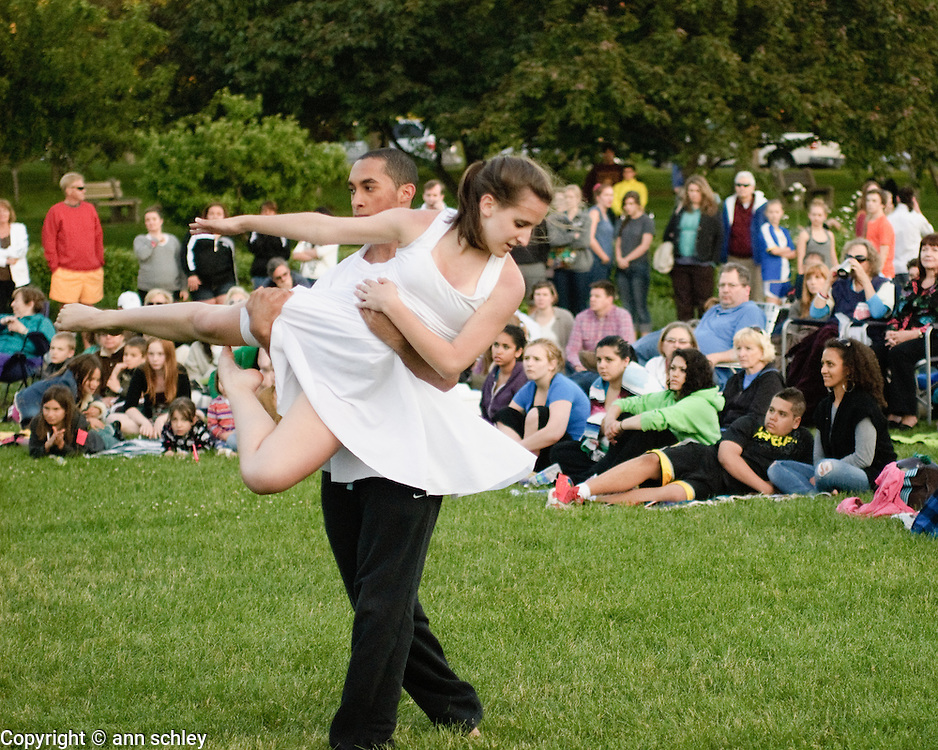 """Osmotic"" performed by Apple Valley High School at the Dances at the Lakes Festival"