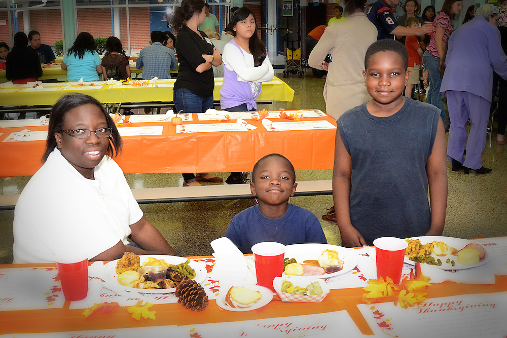 Port Houston Eleementary School, in partnership with Neighbors in Action, held a Thanksgiving Community Dinner for the neighborhood's families at the school on Nov. 11.<br />