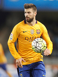 09.04.2016, Estadio de Anoeta, San Sebastian, ESP, Primera Division, Real Sociedad vs FC Barcelona, 32. Runde, im Bild FC Barcelona's Gerard Pique // during the Spanish Primera Division 32th round match between Real Sociedad and FC Barcelona at the Estadio de Anoeta in San Sebastian, Spain on 2016/04/09. EXPA Pictures © 2016, PhotoCredit: EXPA/ Alterphotos/ Acero<br /> <br /> *****ATTENTION - OUT of ESP, SUI*****