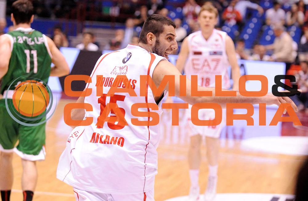 DESCRIZIONE : Milano Lega A 2012-13 Play Off Quarti di Finale Gara1 EA7 Olimpia Armani Milano Montepaschi Siena<br /> GIOCATORE : Ioannis Bourousis<br /> SQUADRA : EA7 Olimpia Armani Milano <br /> EVENTO : Campionato Lega A 2012-2013 Play Off Quarti di Finale Gara1<br /> GARA :  EA7 Olimpia Armani Milano Montepaschi Siena<br /> DATA : 10/05/2013<br /> CATEGORIA : Esultanza<br /> SPORT : Pallacanestro<br /> AUTORE : Agenzia Ciamillo-Castoria/A.Giberti<br /> Galleria : Lega Basket A 2012-2013<br /> Fotonotizia : Milano Lega A 2012-13 EA7 Olimpia Armani Milano Montepaschi Siena<br /> Predefinita :