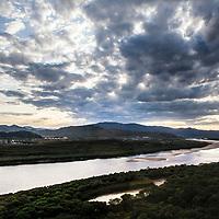 HUNCHUN, 09/12/2017:<br />  the Tumen river seperates North Korea ( L) and China (R).