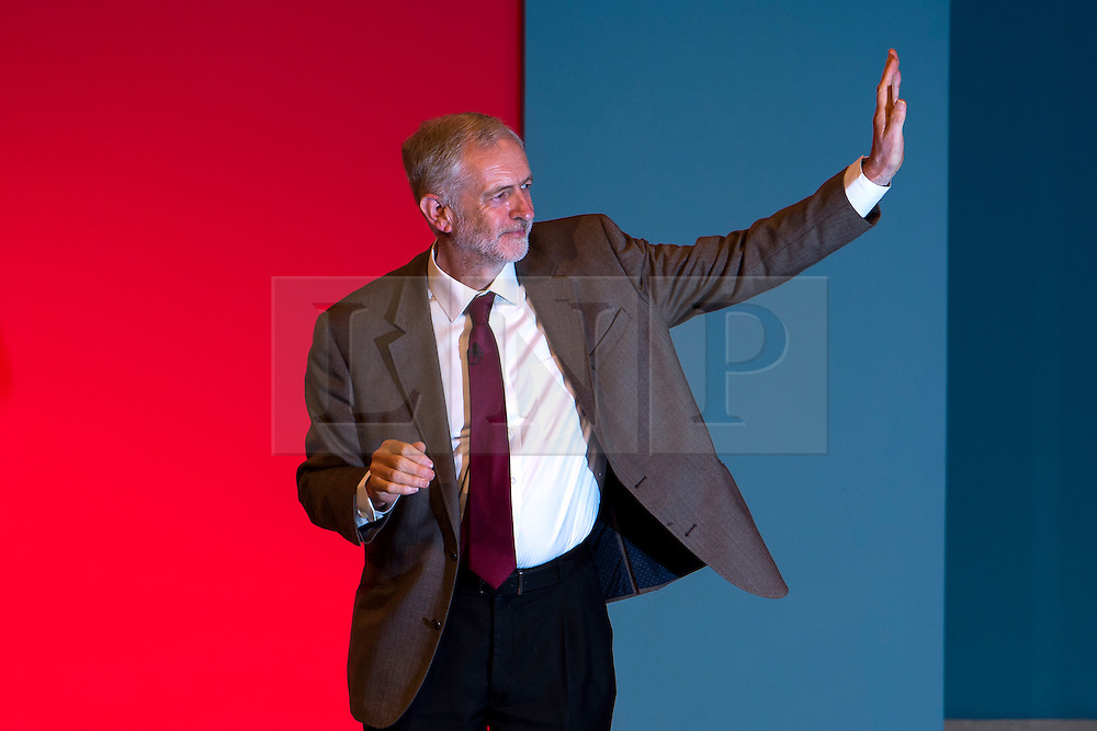 © Licensed to London News Pictures. 29/09/2015. Brighton, UK. Labour party leader JEREMY CORBYN waves after delivering leaders speech on day three of the 2015 Labour Party Conference, held at the Brighton Centre in Brighton, East Sussex.  Photo credit: Ben Cawthra/LNP