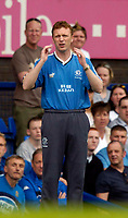 Photo. Jed Wee.<br /> Everton v Blackburn Rovers, FA Barclaycard Premiership, 24/04/2004.<br /> Everton manager David Moyes suffers a 1-0 loss.