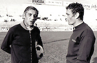 """Football Italian League Serie A 1970-1971 / <br /> Cagliari Calcio - <br /> Luigi Riva """" Gigi Riva """" (R) with Manlio Scopigno - Coach of Cagliari Calcio (L)"""