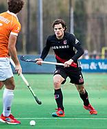 BLOEMENDAAL -  Boris Burkhardt (A'dam) . Hockey hoofdklasse heren, Bloemendaal-Amsterdam (2-0) . COPYRIGHT KOEN SUYK