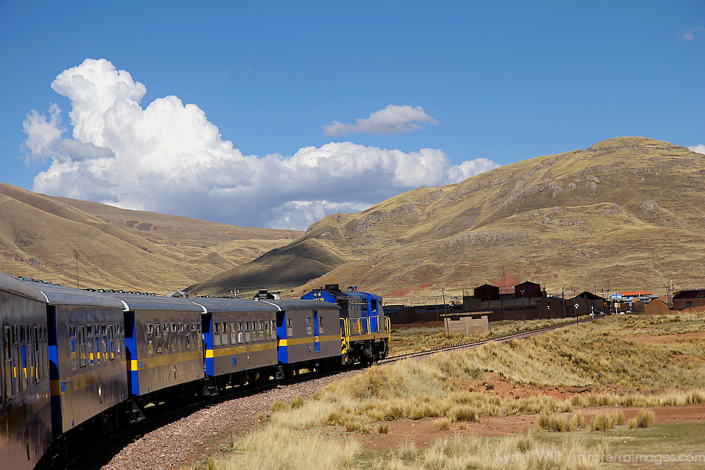 South America, Peru, Cusco. Peru Rail's Andean Explorer first class train journey from Cusco to Puno.