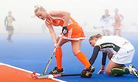 ARNHEM - Hockey. woensdag tijdens de oefeninterland in dichte mist tegen Zuid Afrika. FOTO KOEN SUYK