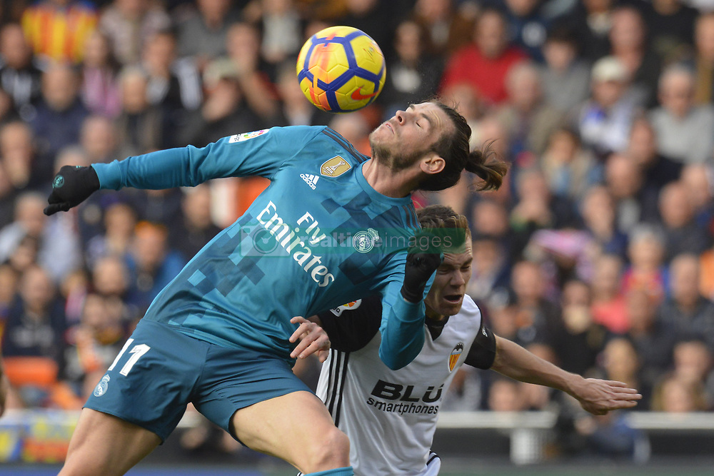 January 27, 2018 - Valencia, Spain - Gareth Bale during the match between Valencia CF against Real Madrd, week 21 of La Liga 2017/187 at Mestala stadium, Valencia, SPAIN - 27th January of 2018. (Credit Image: © Jose Breton/NurPhoto via ZUMA Press)