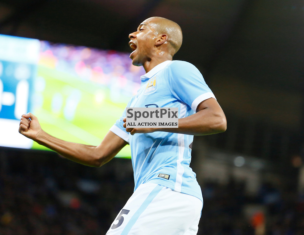 Fernandinho pulls a goal back during Manchester City vs Everton, Captial One Cup, Wednesday 27th January 2016, Etihad Stadium, Manchester