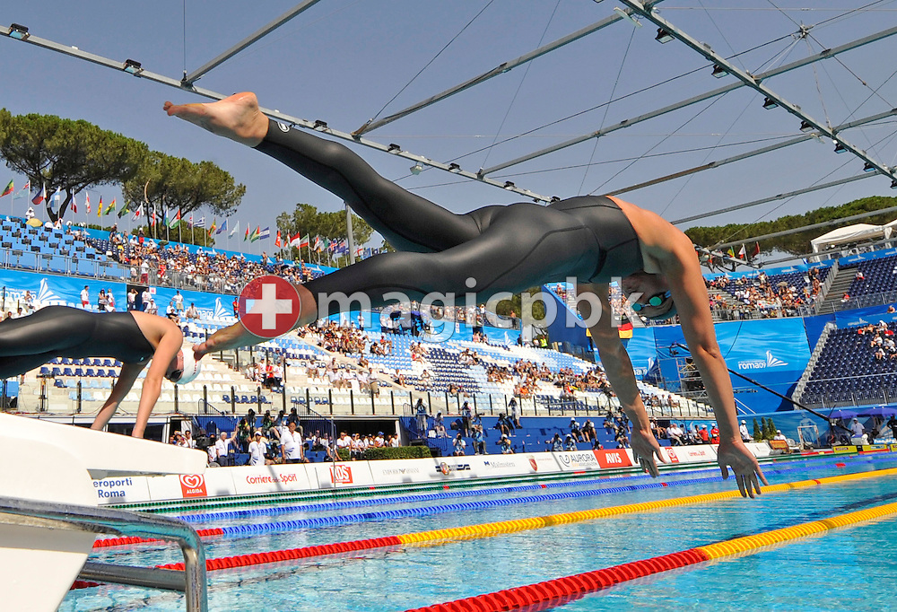 Federica Pellergrini of Italy starts in the women's 200m freestyle heats at the 13th FINA World Championships at the Foro Italico complex in Rome, Italy, Tuesday, July 28, 2009. (Photo by Patrick B. Kraemer / MAGICPBK)