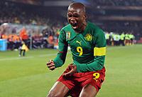 Fotball<br /> VM 2010<br /> Danmark v Kamerun<br /> 19.06.2010<br /> Foto: Witters/Digitalsport<br /> NORWAY ONLY<br /> <br /> Jubel 1:0 Torschuetze Samuel Eto'o (Etoo, Kamerun)<br /> Fussball WM 2010 in Suedafrika, Vorrunde, Kamerun - Daenemark