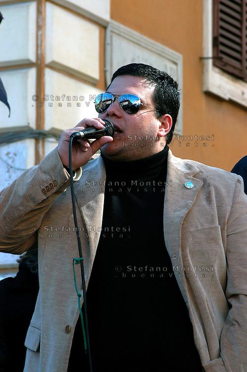 """Roma 8 Marzo 2008.Comizio elettorale del Partito """"La Destra""""  al Quartiere Esquilino.Giuliano Castellino Segretario Provinciale di Fiamma Tricolore,"""